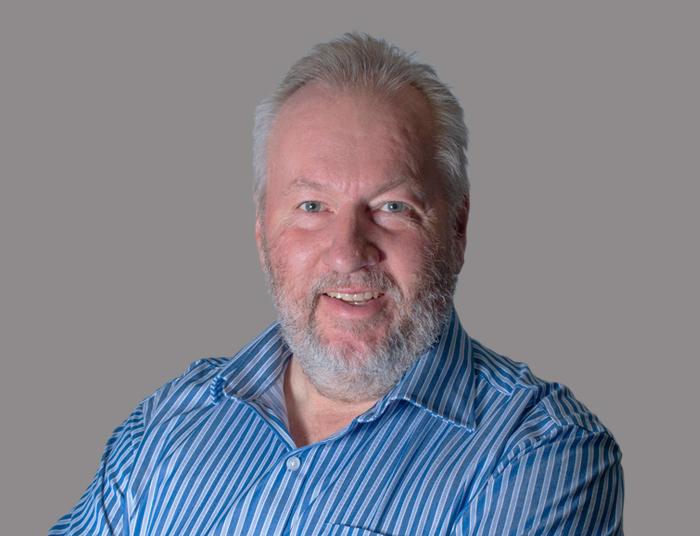Andrew Meek